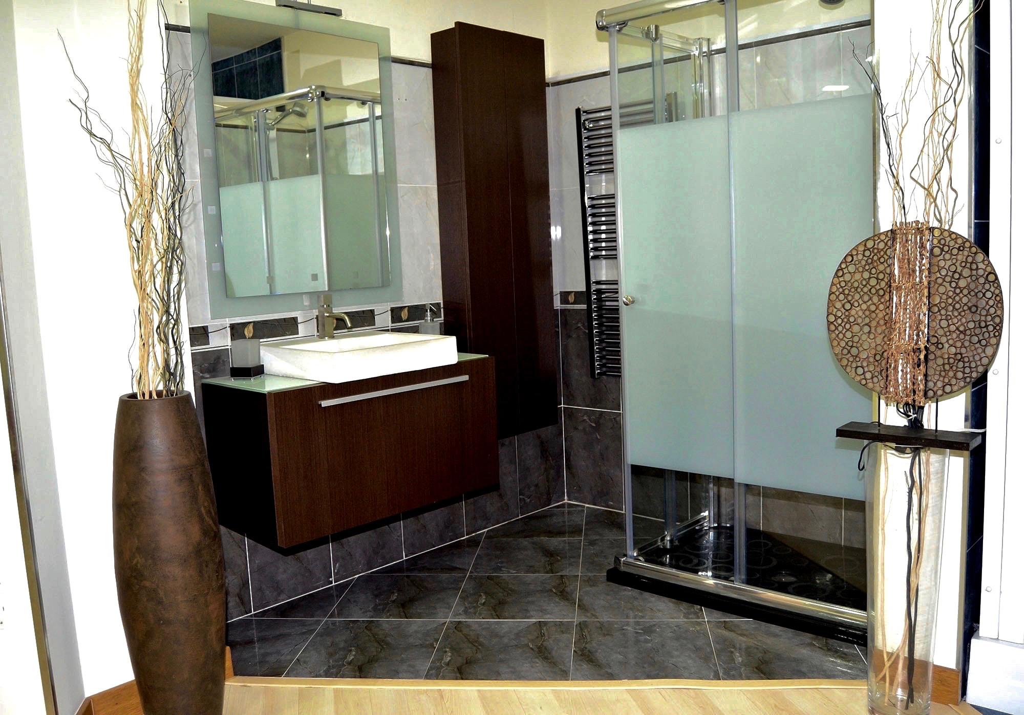 Nuestros ba os elegantes02 josman hermanos tienda de for Muebles para bano modernos y economicos