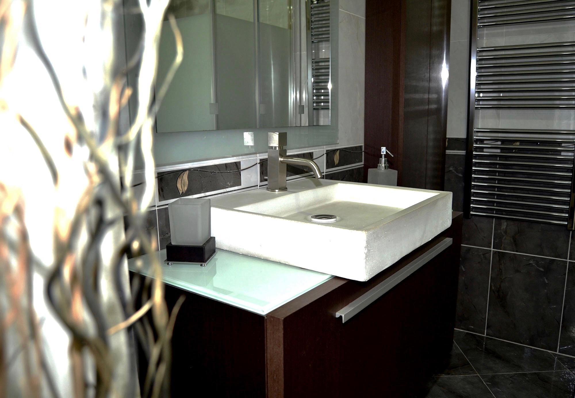 Nuestros ba os elegantes03 josman hermanos tienda de - Azulejos para banos y cocinas ...