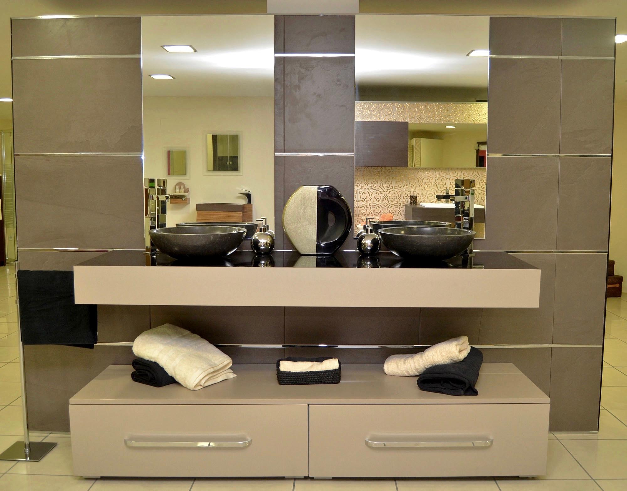 Nuestros baños-elegantes07 - Tienda de muebles de cocina y baño en Santander