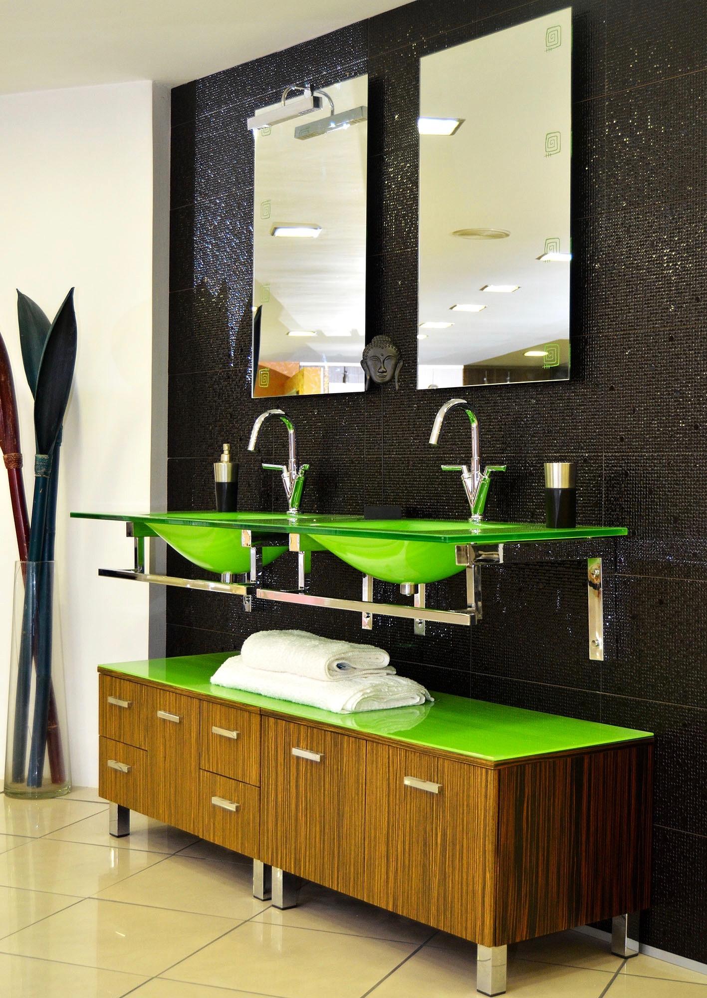 Nuestros baños-premium03 - Tienda de muebles de cocina y baño en Santander